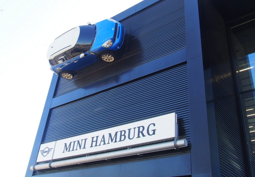 Mini Hamburg in der Automeile Friedrich-Ebert-Damm