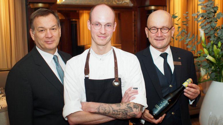Bei der Präsentation des neuen Atlantic Restaurants: geschäftsführender Direktor Franco Esposito, Küchenchef Peer Sturm und Chef-Sommelier Lars Hentschel