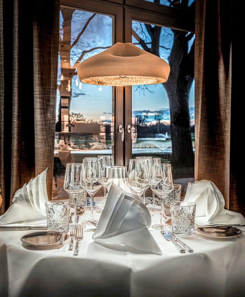 Restaurant Lemsahler Hotel Treudelberg gedeckter Tisch