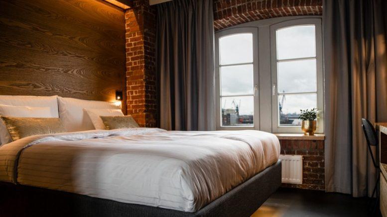 Ein Zimmer mit Hafenblick im Ginn Hotel in Hamburg direkt am Fischmarkt