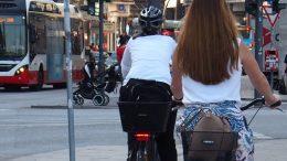 Fahrradfahrer auf dem Jungfernstieg