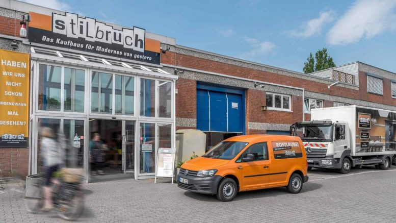 Außenansicht Stilbruch Second Hand Kaufhaus in Hamburg Wandsbek