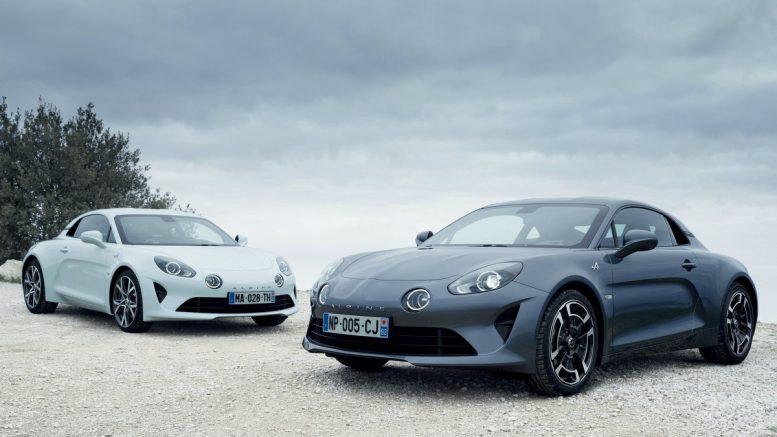 zwei Alpine Sportwagen, Werksfoto
