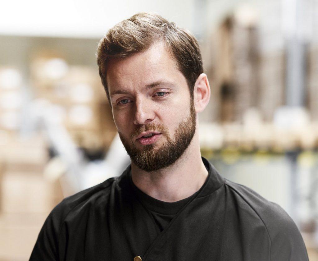 Johan Bülow Unternehmer, Däne mit Bart