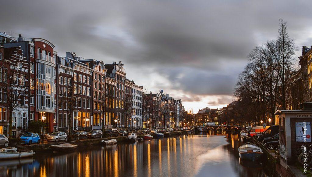 Abendstimmung in Amsterdamer Gracht