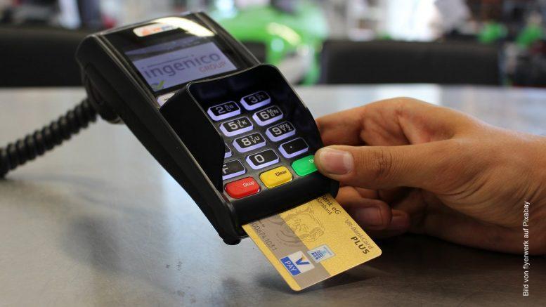 Zahlung mit einer EC Karte - Lesegerät