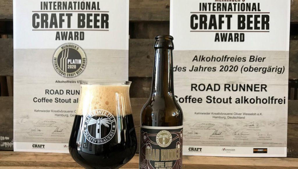 Glas, Flasche, Gewinnerurkunde Road Runner alkohlfreies Bier