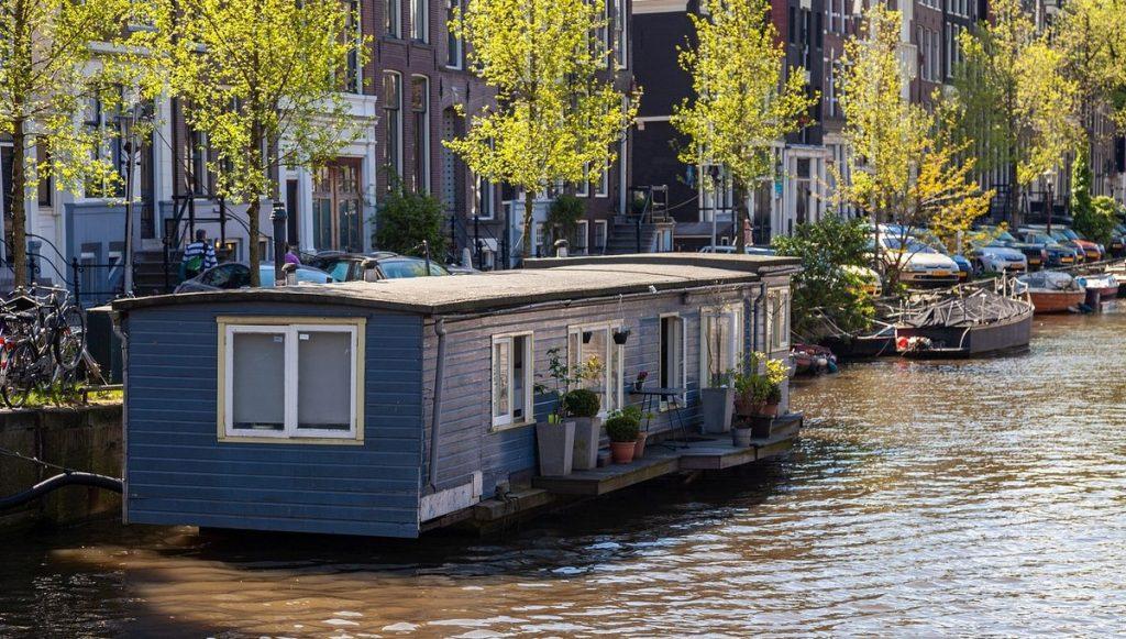 Hausboot auf einer Gracht