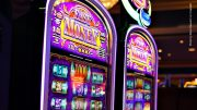 zwei Slotautomaten
