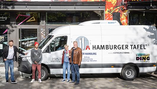 Sprinterübergabe vor dem Hamburger Ding am Nobistor