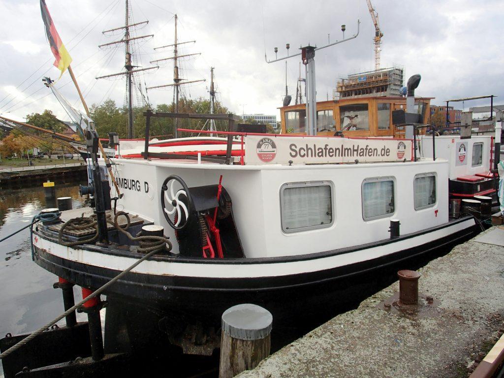 Hotelschiff Lydios in Hamburg Harburg Heckansicht
