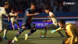 Screenshot von FIFA 21 Spieler kämpfen um Ball