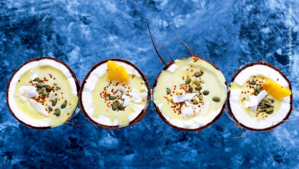 Vier Kokosgerichte