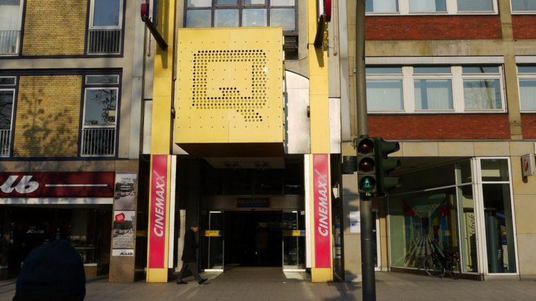 Kinoeingang CinemaxX Hamburg Wandsbek