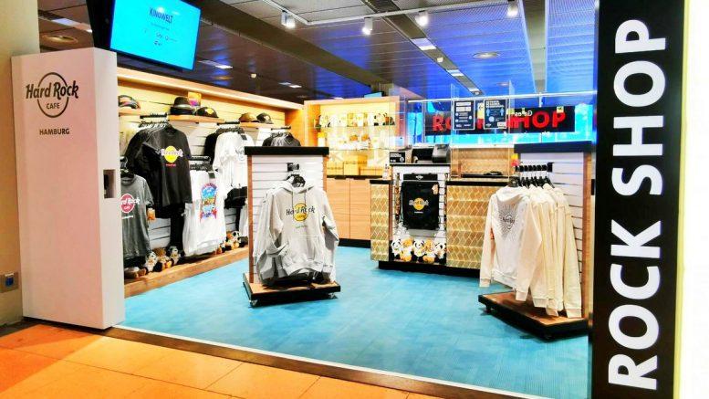 Blick in den Store des Hard Rock Cafe am Hamburger Flughafen