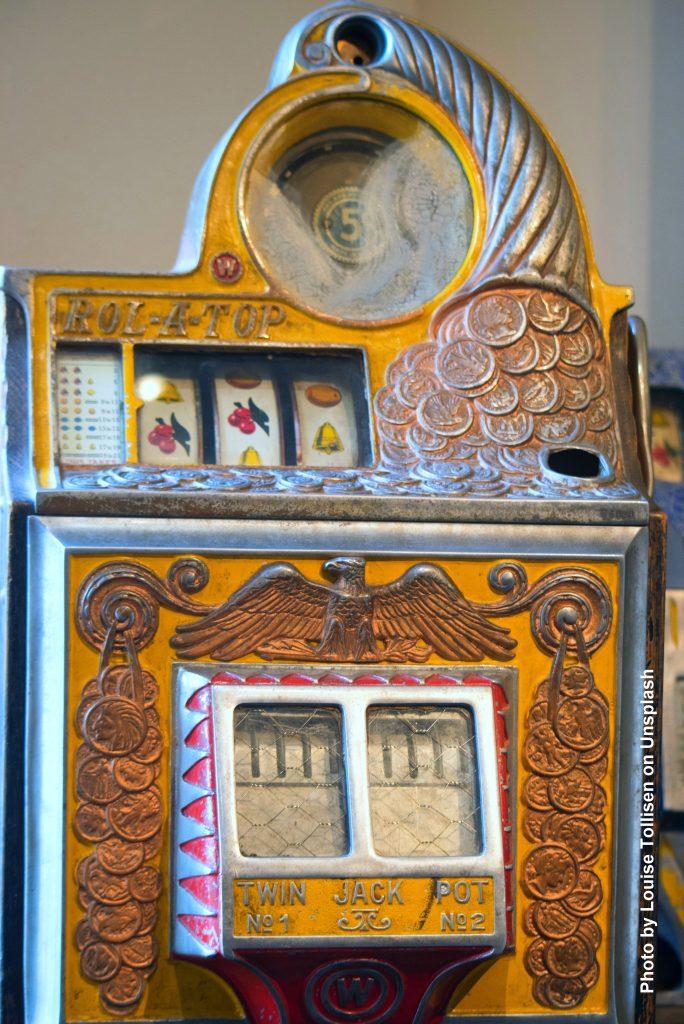 Historischer mechanischer Spielautomat