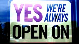 US Schild: Yes we are open