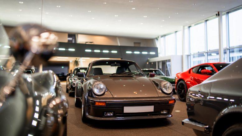 Showroom mit Porsche - David Finest Sport Cars