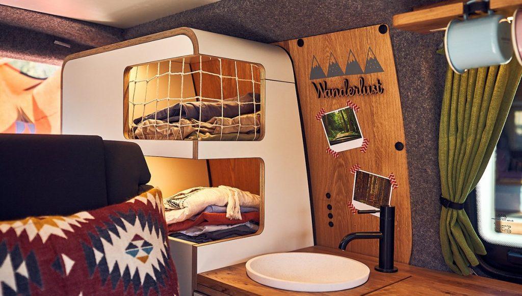 Küche und Abstellboxen im Vantopia Camper