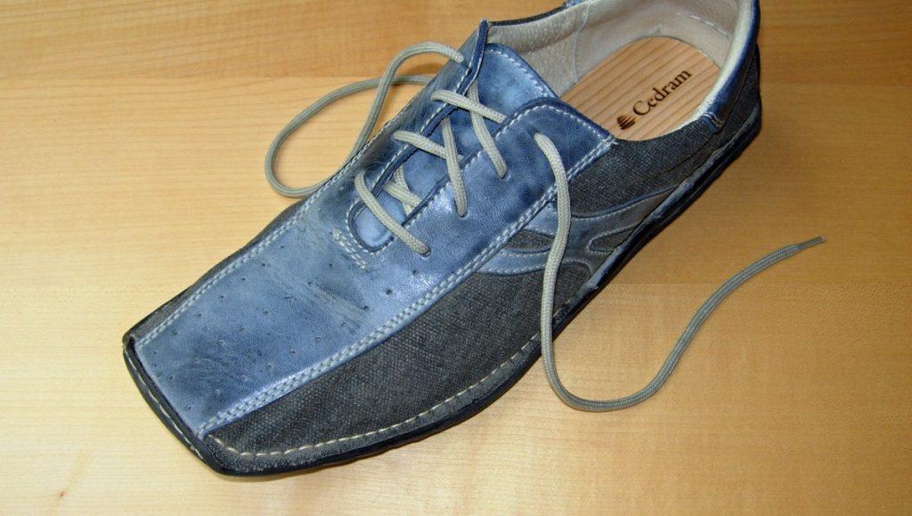Schuh mit Schuheinlage