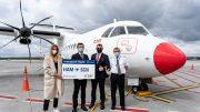 Erstflug der DAT von Hamburg nach Saarbrücken - Gruppenfoto für die Presse