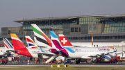 Flugzeuge auf dem Vorfeld des Hamburg Airport
