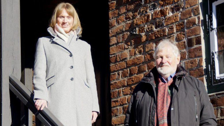 Holstein Tourismus Marketinleiterin und Vorsitzender in Itzehoe