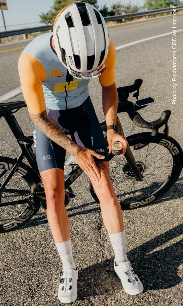 Fahrradfahrer mit CBD Creme