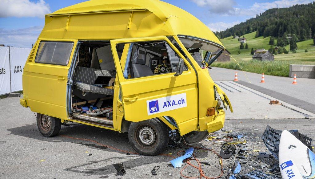 #vanlife ein schwerbeschädigter VW t3 nach einem Unfalltest