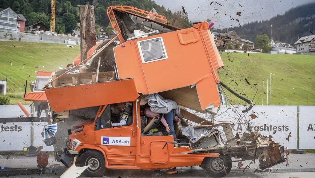 Die dunkle Seite des #vanlife ein Offsetunfall mit einem Wohnmobil
