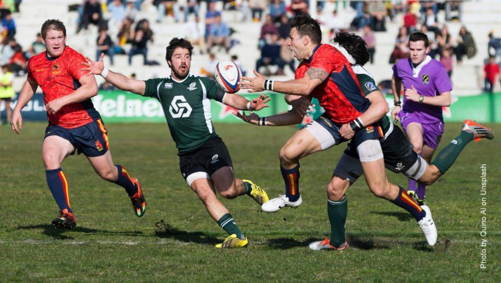 Teamsport Ruby: dramtische Spielszene im Rugby