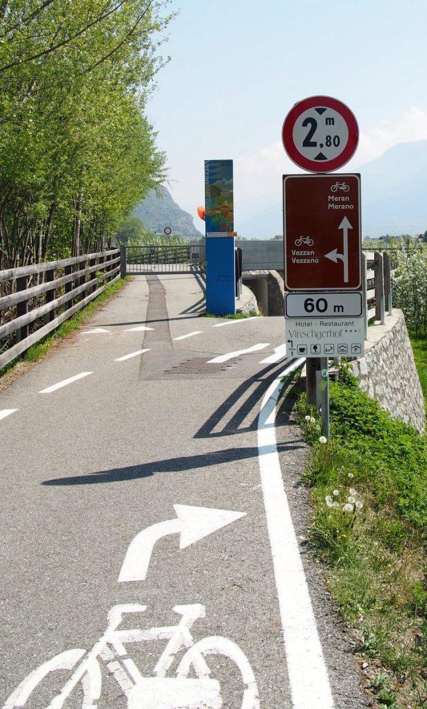 Fahrradurlaub in Südtirol, ein Bikerouten Wegweiser