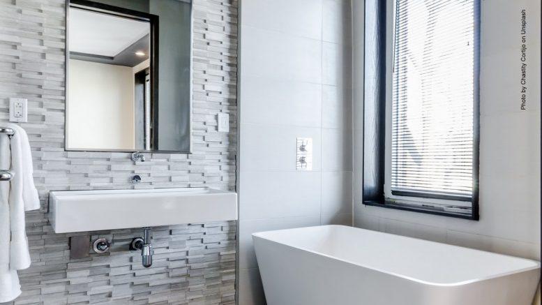 Frisch renoviertes Badezimmer
