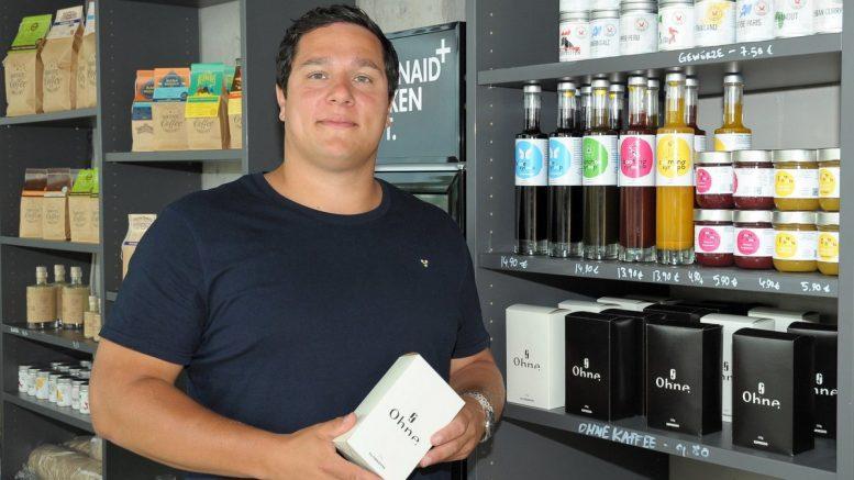 Florian Flemke Start up Unternehmer verkauft Kaffee