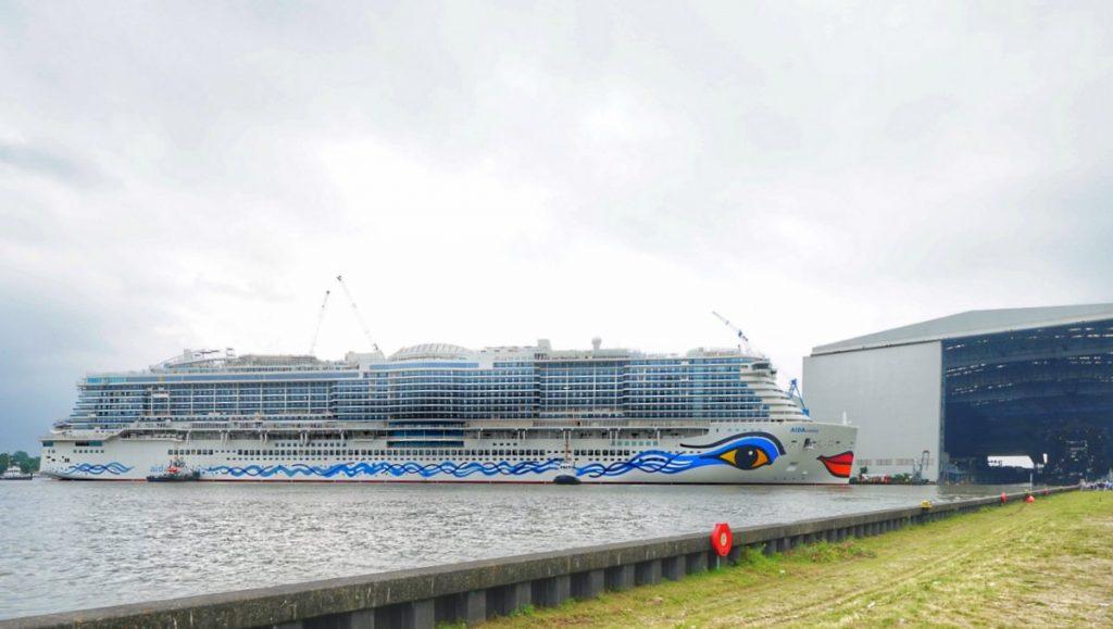 AIDAcosma in der Meyer Werft