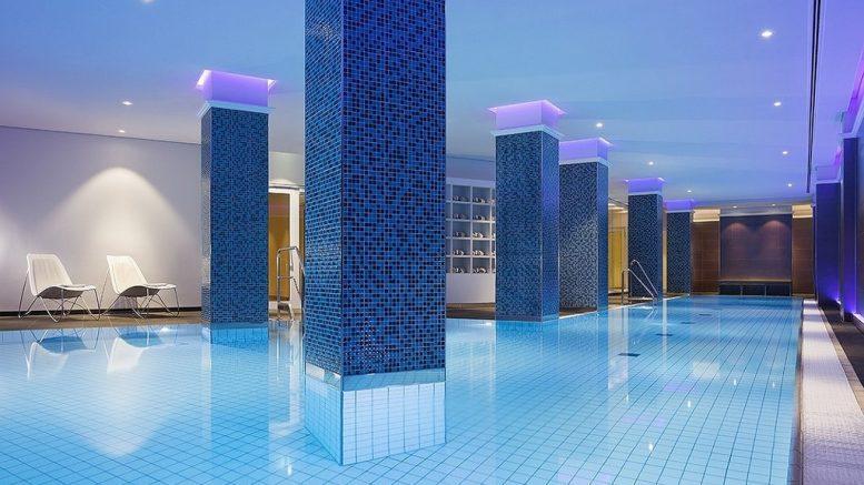 Indoor Pool the Westin Hamburg