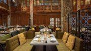 Der Speisesaal im Das Lokal viel Holz im 1920er Jahre Look