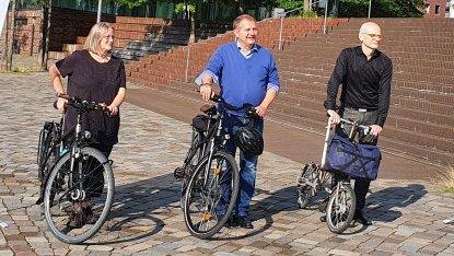 Gruppenbild offizieller Start Stadtradeln 2021 in Hamburg