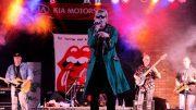 Mick and the Stones im Konzert auf der Bühne
