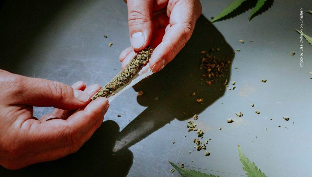 Ein Joint wird gedrecht