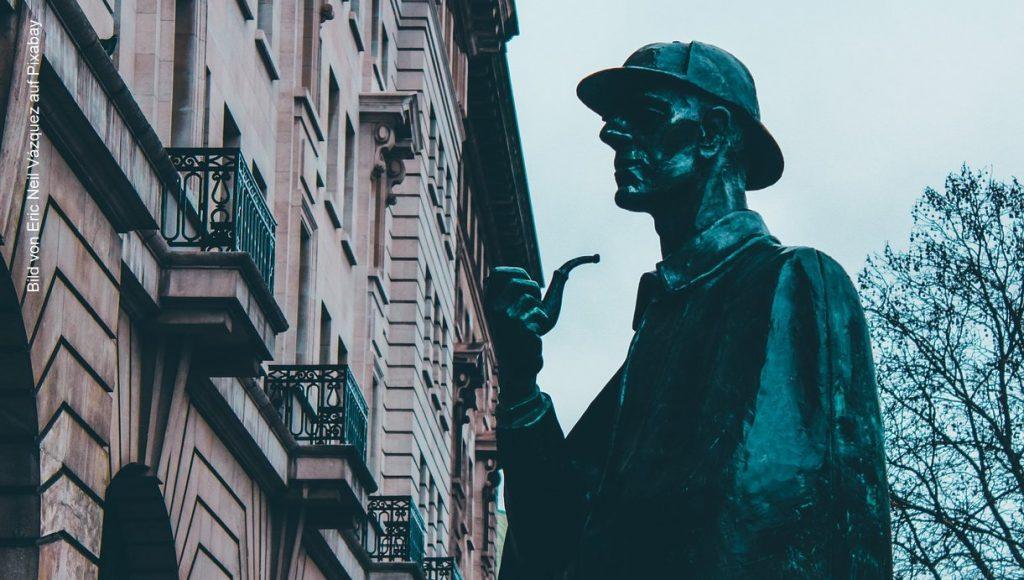 Sherlock Holmes geehrt mit einer Statue