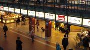 Blick auf den Food Court des Hamburger Hauptbahnhofes