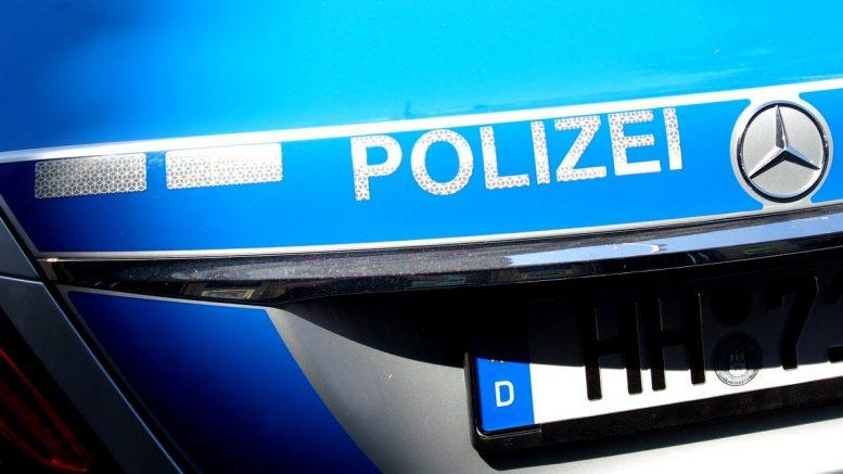Kofferraumhaube eines Polizeiautos
