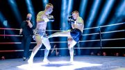 zwei Kickboxer im Ring